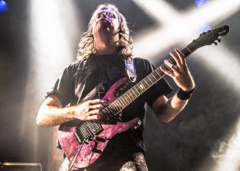Bo-EL Guitarist Xander ten Boden from Veil Of Delusions