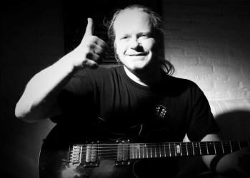 Bo-EL Guitarist Joop Wolters